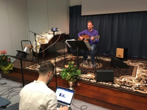 Worship leading on Streaming